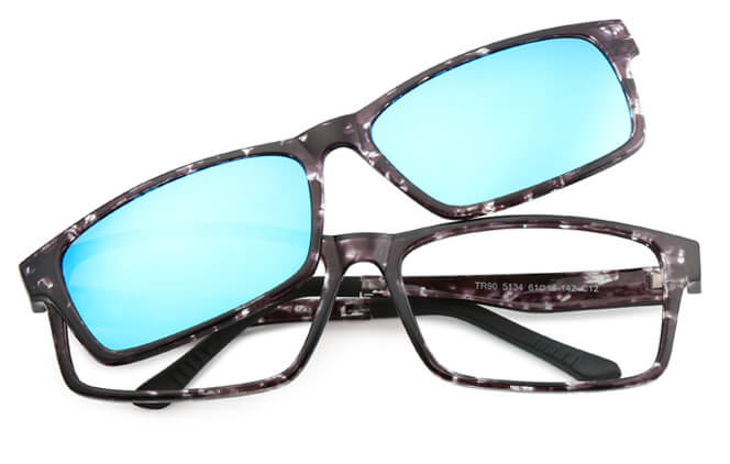 Madhuri Rectangle Magnetic Clip-on Glasses