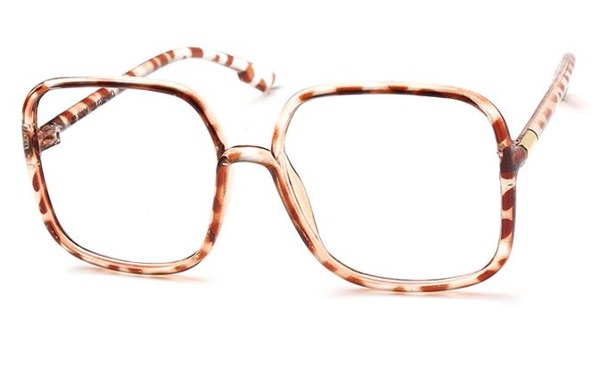 Lizzy Square Eyeglasses фото