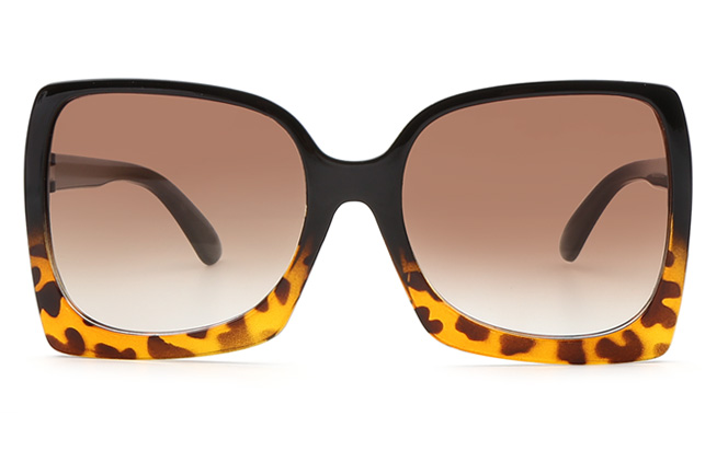 Halle Square Sunglasses
