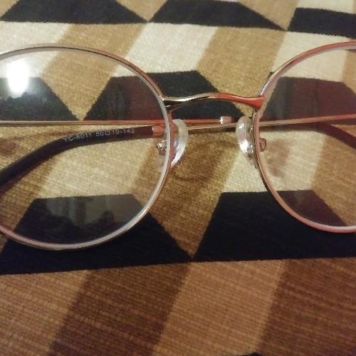 These are my first pair of silver frames. They are cute, comfortable and my rx is perfect.
