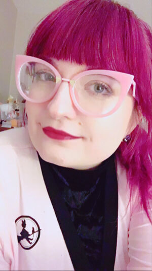 Glasseslit Testimonials - I love this site for all the unique designs it has! These frames are a huge statement piece. Can't say enough great things.