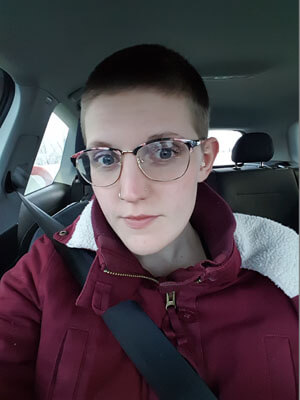 Glasseslit Testimonials - I love these glasses! The prescription was perfect, and they were totally worth the wait. Glasseslit is my new favourite place to buy glasses.