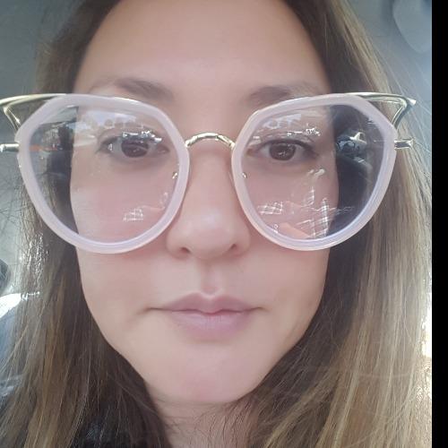 Glasseslit Testimonials - Loving my pink cat eye glasses. Prescription on point and very comfortable!